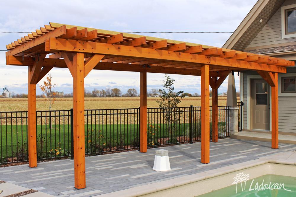 Pavillons et pergola - Innovations Paysagées Ladouceur | Drummondville